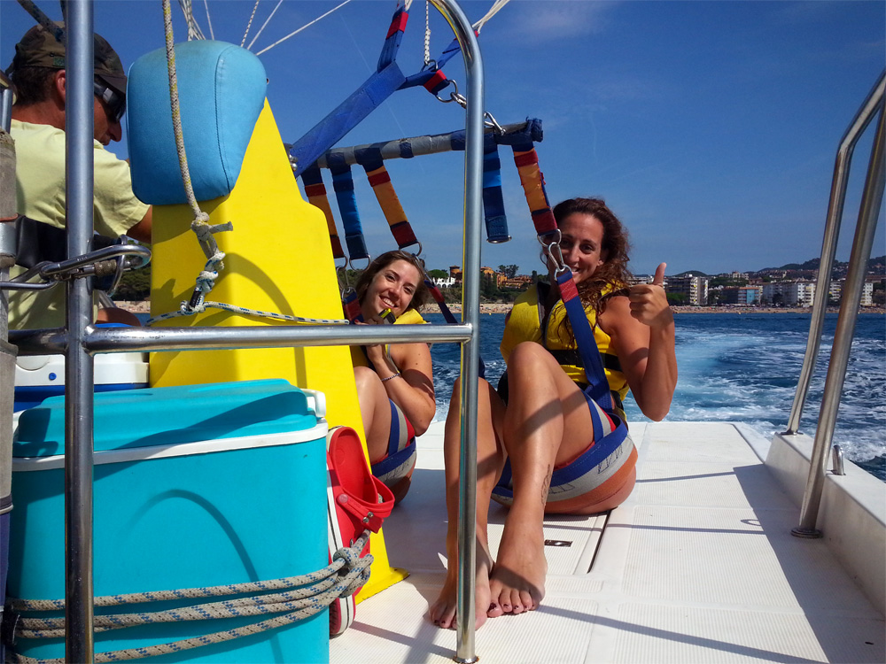 Water Sports Fenals - 0c314-Parasailing20.jpg