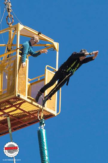 Bungee Jumping - 24ddd-image006.jpg
